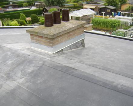 Secuone epdm op licht hellend dak