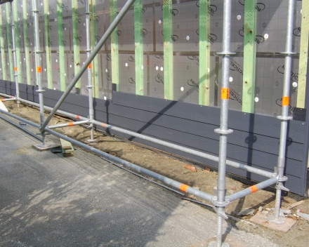 isoleren gevel met Recticel Eurowall en plaatsen Eternit Sidings Cedral wood